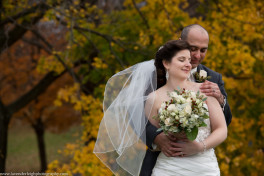 Montour Country Club Wedding|Bride and Groom| Fall Wedding| Pittsburgh Wedding Photographer | Pittsburgh Wedding Photographers | Lavender Leigh Photography | Blog