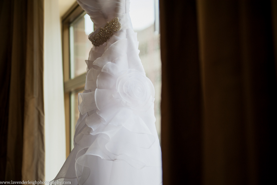 Wedding Dress | Sheraton Station Square Wedding |Pittsburgh Wedding Photographer | Pittsburgh Wedding Photographers | Lavender Leigh Photography | Blog