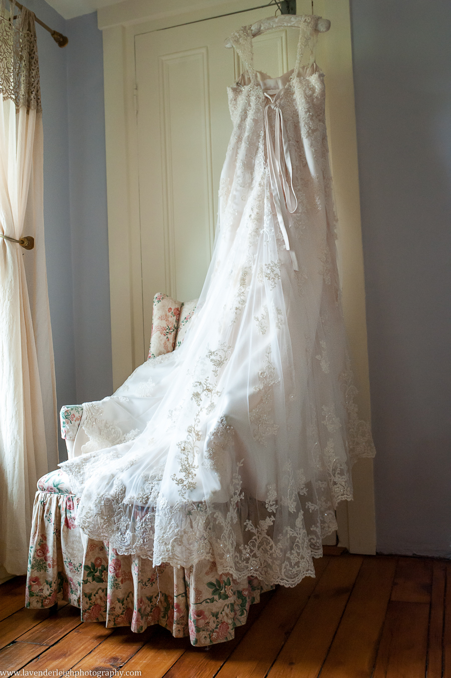 Lace Wedding Dress | Maggie Sottero | Ivory | Lingrow Farms | Barn Wedding | Farmhouse Getting Ready Pictures |  Pittsburgh Wedding Photographer | Pittsburgh Wedding Photographers | Lavender Leigh Photography | Blog