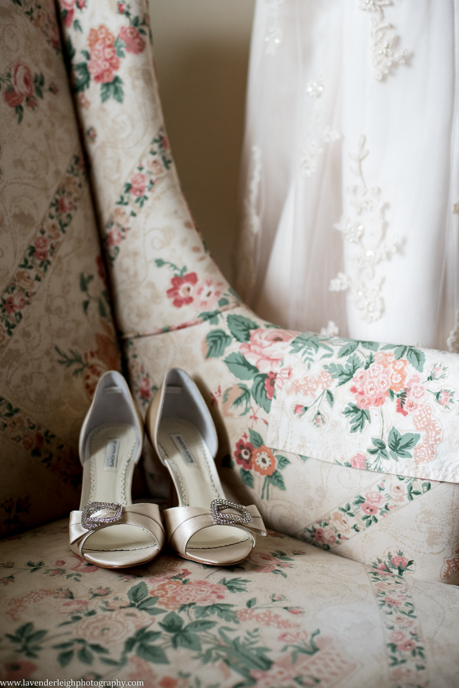 Wedding Shoes | Rhinestones | Ivory| Lingrow Farms | Barn Wedding | Farmhouse Getting Ready Pictures |  Pittsburgh Wedding Photographer | Pittsburgh Wedding Photographers | Lavender Leigh Photography | Blog