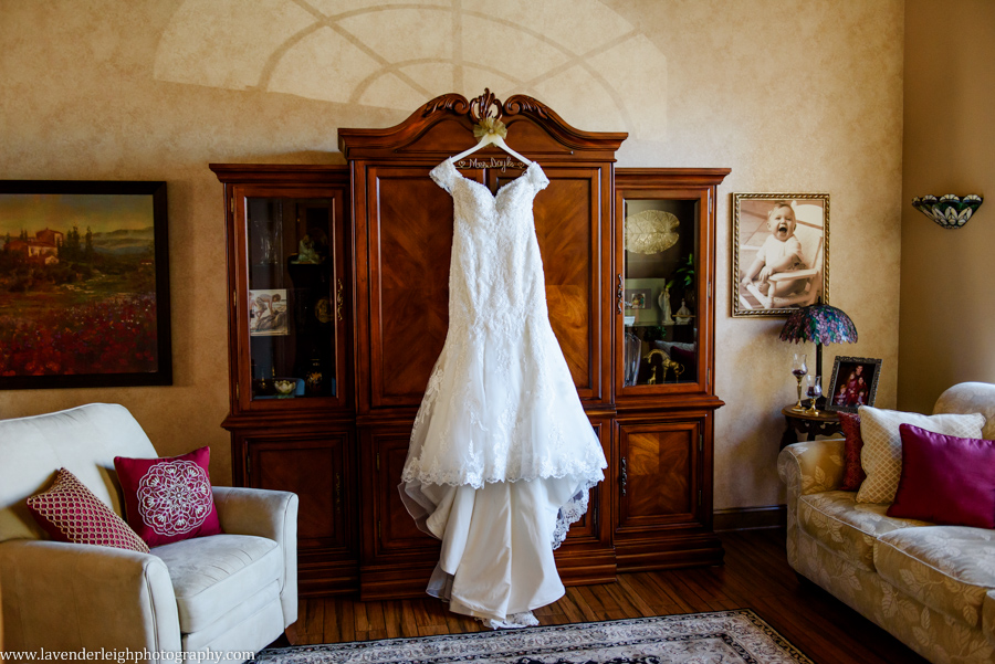 lace, white wedding dress, lavender leigh photography, pittsburgh wedding photographer, pennsylvania
