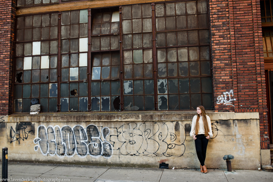 class of 2018 senior photography in the Strip District of Pittsburgh, Pennsylvania