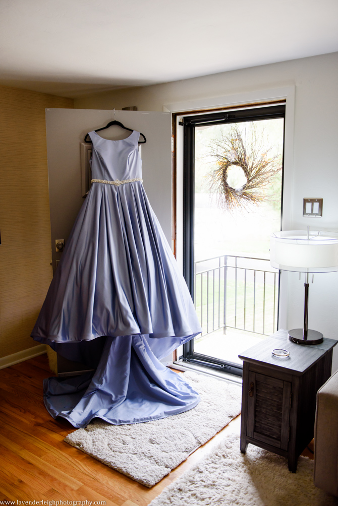 Lavender Leigh Photography, November, fall, blue wedding dress, Moon Township, Coraopolis, Pennsylvania, fall, autumn, Settlers Cabin Park, photo, picture, photograph, images